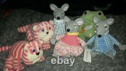 Full Set Of Singing Bagpuss Plush Toys Lizzie, Charlie, Gabriel, Bagpuss