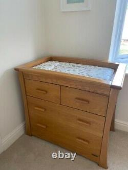 Mamas and Papas ocean oak FULL SET. Chest of drawers, and Toy Box. Birmingam