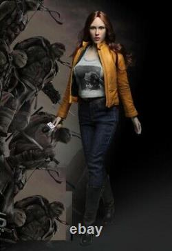 1 / 6 Megan Fox Ninja Turtles Journaliste Nouvelles Pour 12 Figure Phicen Hot Toys USA